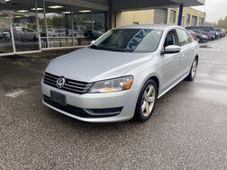 2013_Volkswagen_Passat_SE_ Cleveland OH