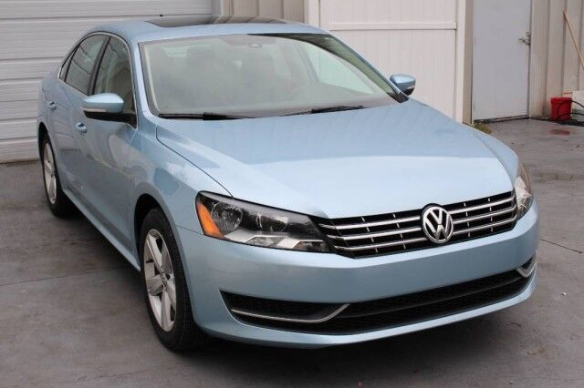 2013 Volkswagen Passat TDI Turbo Diesel SE Sunroof 43 mpg Warranty Knoxville TN