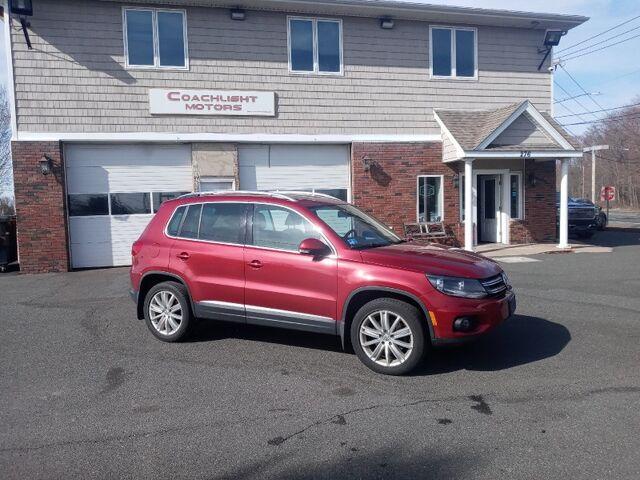 2013 Volkswagen Tiguan SE w/Sunroof & Nav East Windsor CT