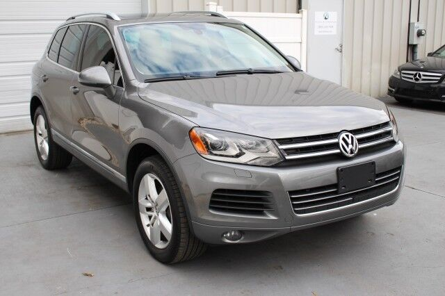 2013 Volkswagen Touareg Lux 4WD Backup Camera Navigation Sunroof Knoxville TN