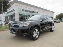 2013_Volkswagen_Touareg_V6 TDI LUX LEATHER, PANORAMIC SUNROOF, NAVIGATION, BACKUP CAM, HTD FRONT STS, BLUETOOTH, USB/AUX_ Plano TX
