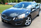 2013 Volvo S60 T5 - w/ LEATHER SEATS & SUNROOF