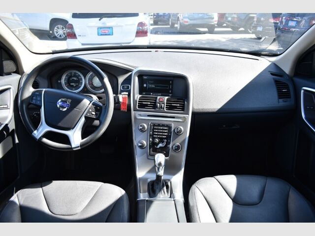 2013 Volvo XC60 AWD 4dr 3.2L Premier Bend OR