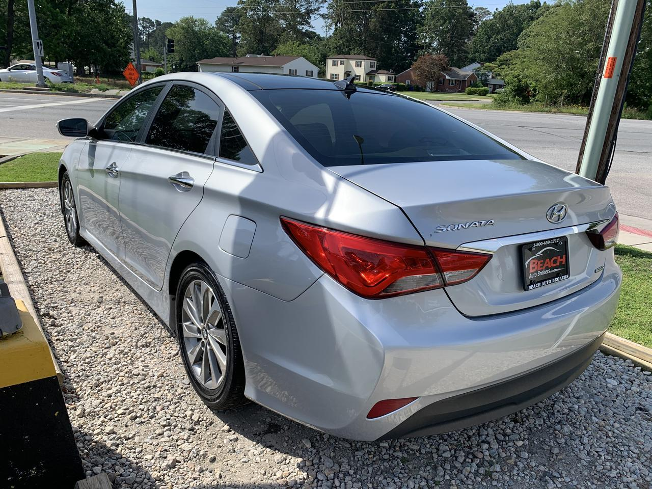2014 HYUNDAI SONATA SONATA LIMITED, WARRANTY, LEATHER, SUNROOF, NAV, HEATED/COOLED SEATS, BACKUP CAM! Norfolk VA