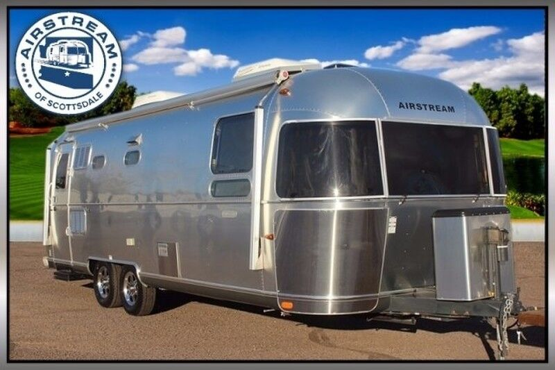 2014 Airstream Land Yacht 28FB Travel Trailer
