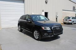 2014_Audi_Q5_Premium AWD Leather Bluetooth Satellite Radio_ Knoxville TN