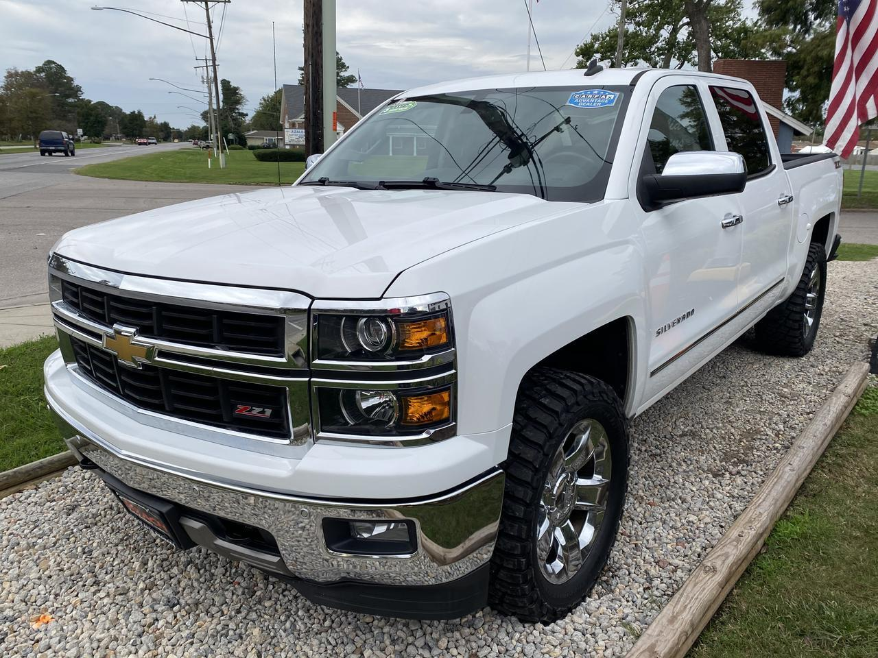 2014 CHEVROLET SILVERADO 1500 LTZ CREW CAB 4X4, WARRANTY, Z-71, LEATHER, NAV, HEATED/COOLED SEATS, SUNROOF, CLEAN CARFAX! Norfolk VA