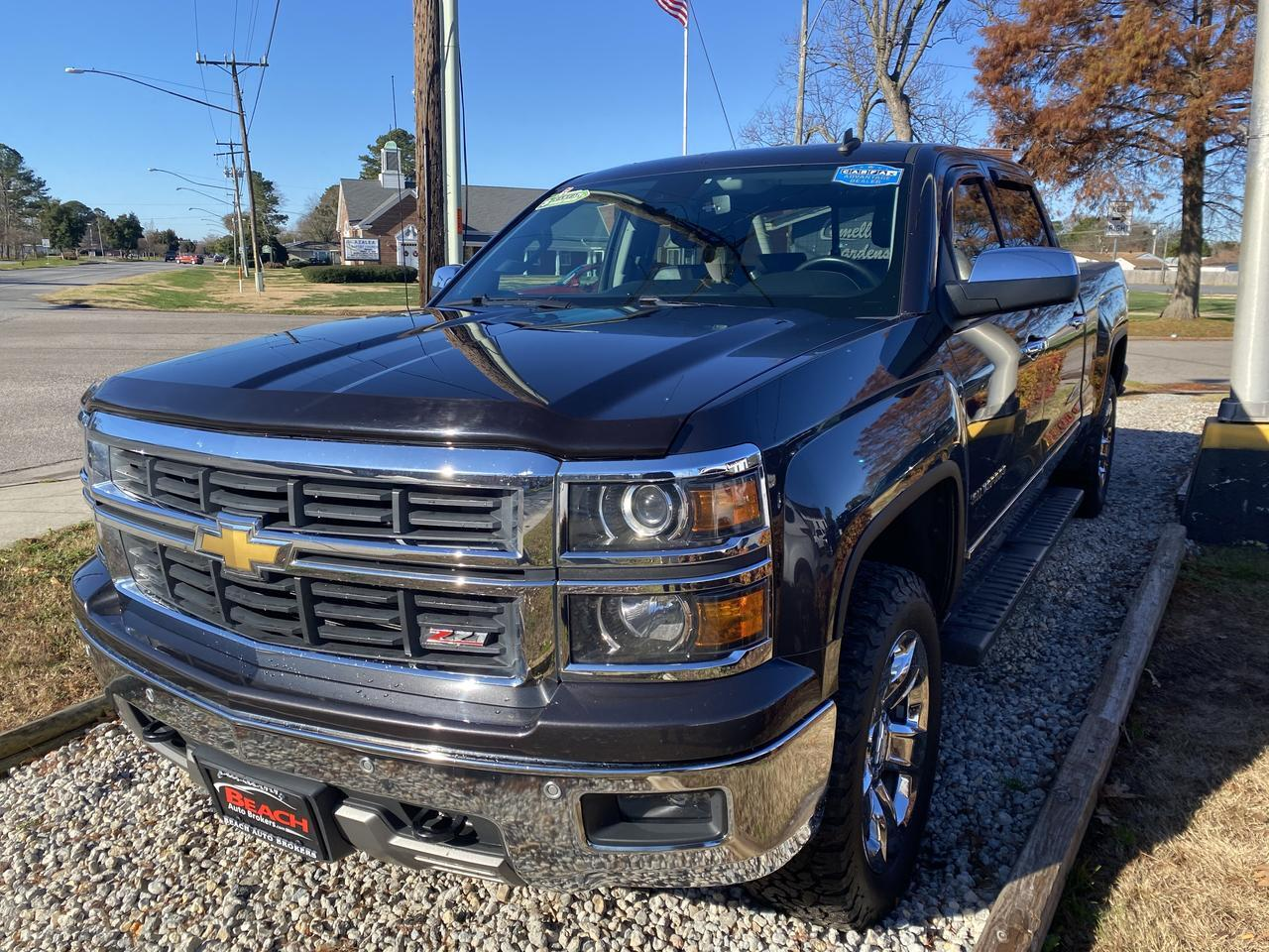 2014 CHEVROLET SILVERADO LTZ CREW CAB 4X4, WARRANTY, LEATHER, Z-71 PKG, HEATED SEATS, BLUETOOTH, BACKUP CAM, 1 OWNER! Norfolk VA