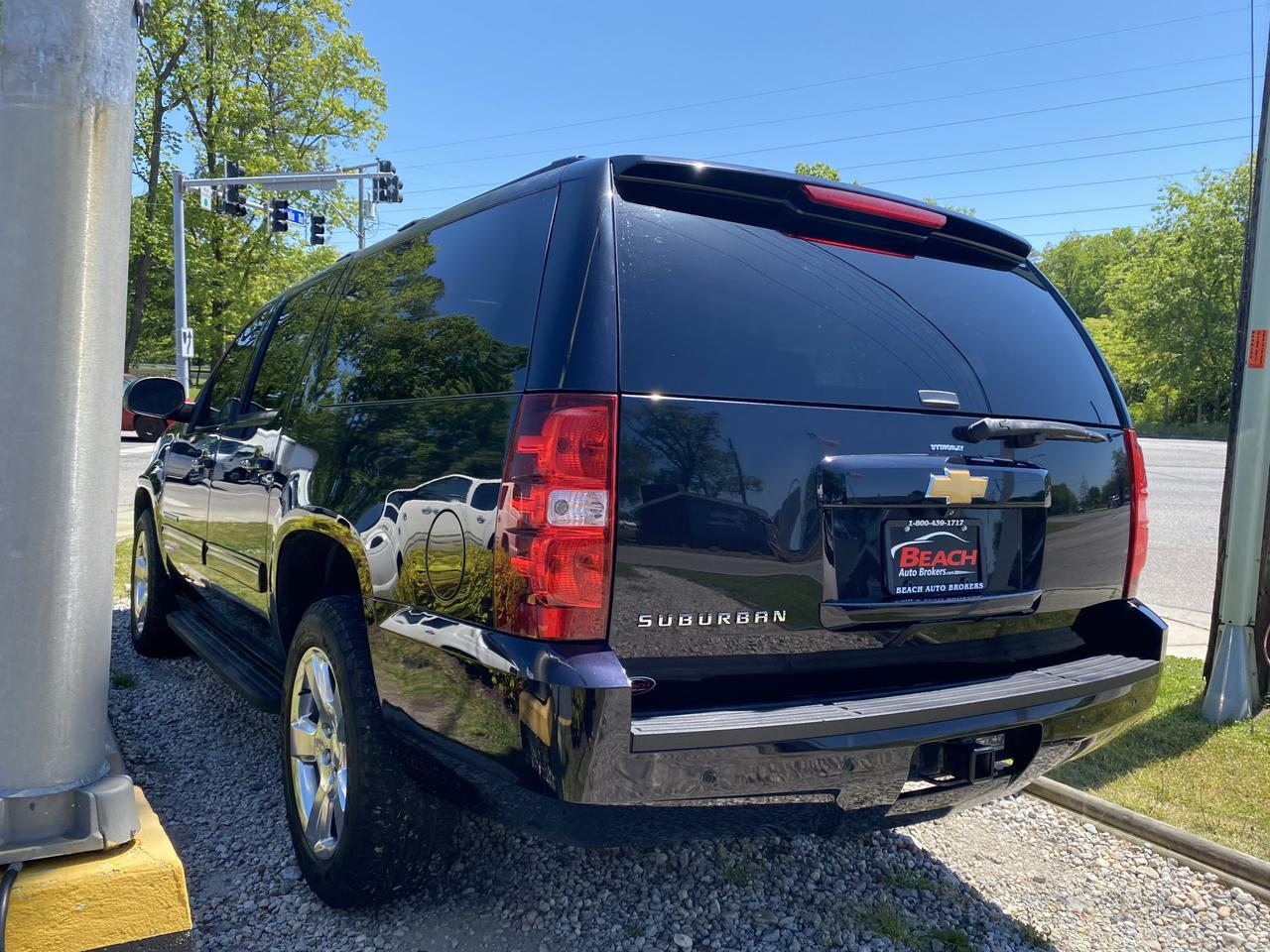 2014 CHEVROLET SUBURBAN LT, WARRANTY, LEATHER, BACKUP CAM, PARKING SENSORS, HEATED SEATS, 3RD ROW, AUX/USB PORT! Norfolk VA