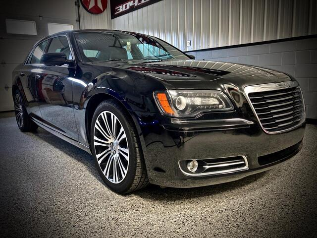 2014_CHRYSLER_300_S_ Bridgeport WV