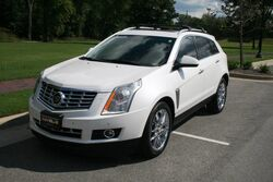 Cadillac SRX Extremely Clean - Local One Owner - Premium Collection - Navigation - Panoramic Roof - Heated and Cooled Seats -All Wheel Drive 2014