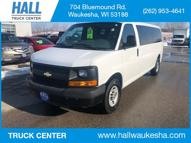 2014 Chevrolet Express Passenger LS 3500 Waukesha WI