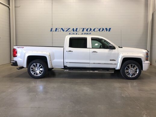 2014_Chevrolet_Silverado 1500_4x4 Crew Cab HIgh Country_ Fond du Lac WI