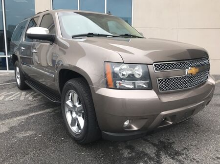 2014_Chevrolet_Suburban 1500_LTZ 4WD ** NAVI & DVD REAR ENTERTAINMENT **_ Salisbury MD