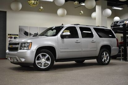 2014_Chevrolet_Suburban_LT_ Boston MA