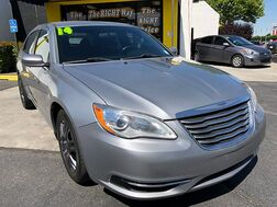 2014_Chrysler_200_4d Sedan LX_ Albuquerque NM