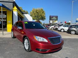 2014_Chrysler_200_4d Sedan Limited_ Albuquerque NM