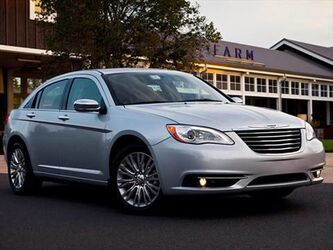 Chrysler 200 LX 36K BLACK SEDAN FRONT WHEEL DRIVE 2014