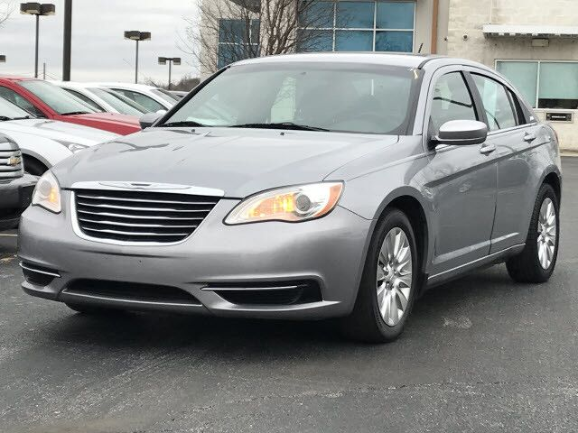 2014 Chrysler 200 LX Fairview Heights IL