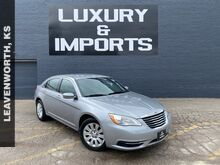 2014_Chrysler_200_LX_ Leavenworth KS