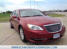 2014_Chrysler_200_LX_ Lincoln NE