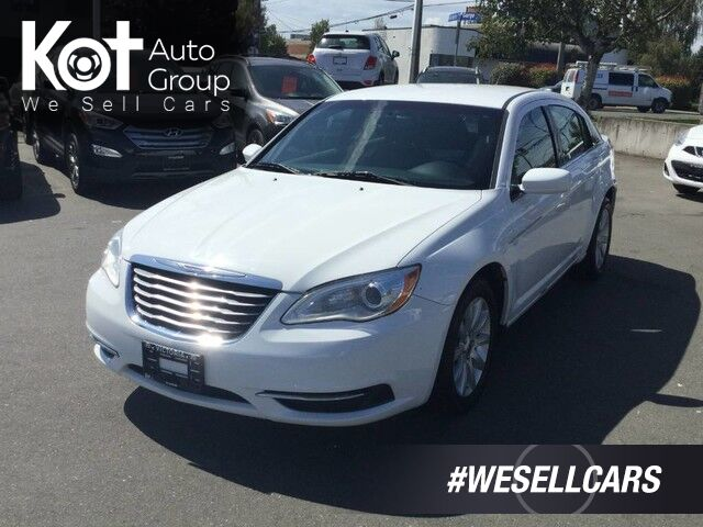 2014 Chrysler 200 LX No Accidents! Set of Winter Tires Victoria BC