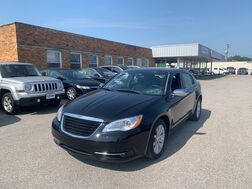 2014_Chrysler_200_Limited_ Cleveland OH