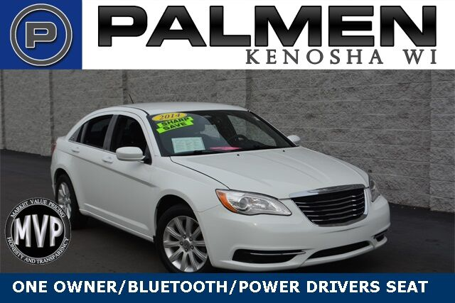 2014 Chrysler 200 Touring Racine WI