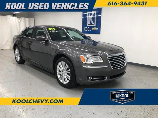 2014 Chrysler 300  Grand Rapids MI