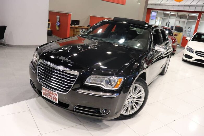 2014 Chrysler 300 300C Dual Panoramic Roof Light Group 1 Owner Springfield NJ