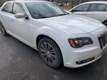 2014_Chrysler_300_300S_ Holliston MA