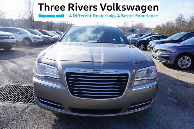 2014 Chrysler 300 Base Pittsburgh PA
