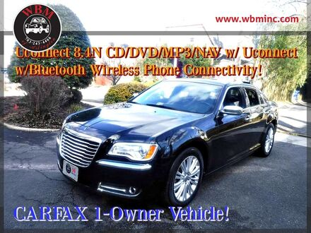 2014_Chrysler_300_C AWD_ Arlington VA