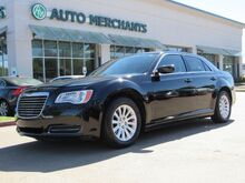 2014_Chrysler_300_RWD LEATHER, HEATED FRONT SEATS, PUSH BUTTON START, BLUETOOTH CONNECTIVITY_ Plano TX