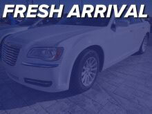 2014_Chrysler_300_Uptown Edition_ Mission TX