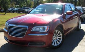 Chrysler 300 w/ BACK UP CAMERA & LEATHER SEATS 2014
