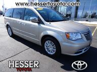 2014 Chrysler Town & Country  Janesville WI