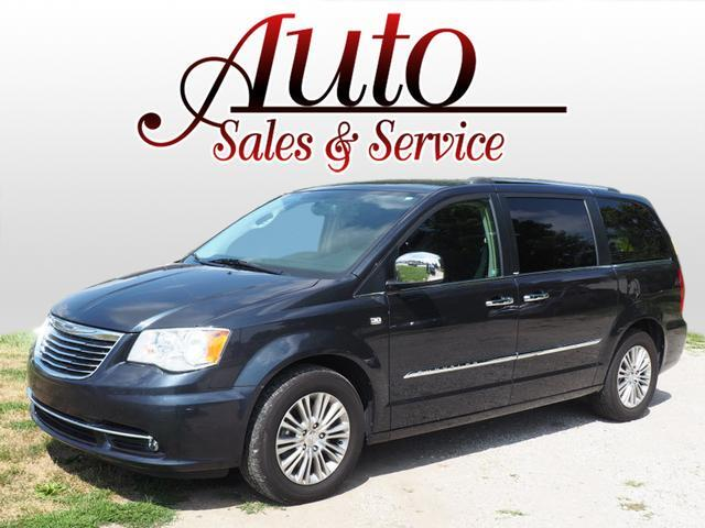 2014 Chrysler Town & Country 30th Anniversary Indianapolis IN