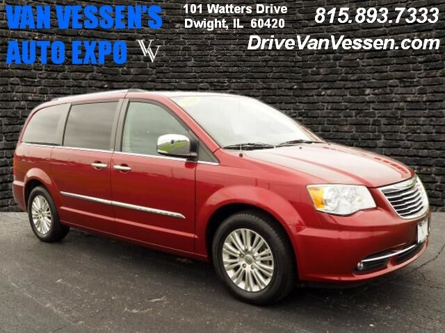 2014 Chrysler Town & Country Limited Dwight IL
