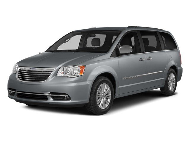 2014 Chrysler Town & Country Limited Irvine CA