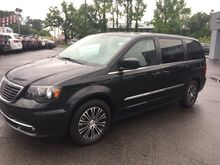 2014_Chrysler_Town & Country_S_ Clinton AR