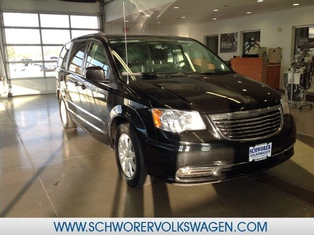 2014 Chrysler Town & Country TOURING Lincoln NE