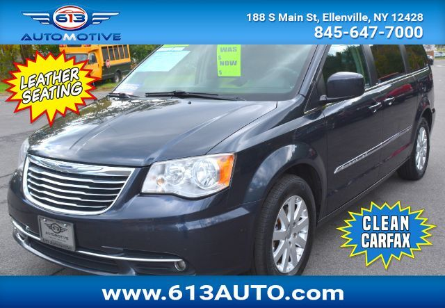 2014 Chrysler Town & Country Touring 3rd Row Seating 7 Passenger Leather Seats Ulster County NY