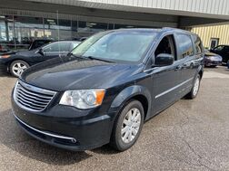2014_Chrysler_Town & Country_Touring_ Cleveland OH