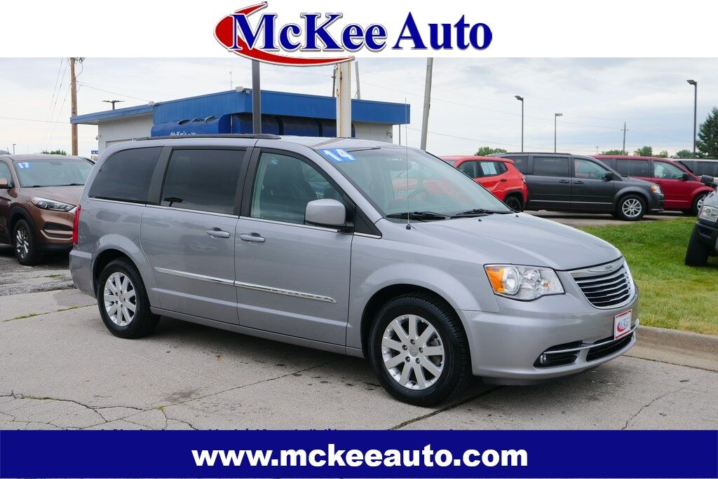 2014 Chrysler Town & Country Touring Des Moines IA