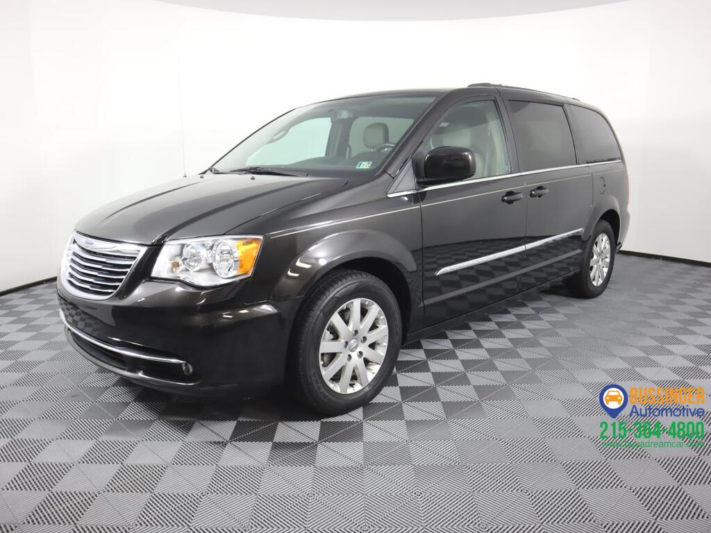 2014 Chrysler Town & Country Touring Feasterville PA