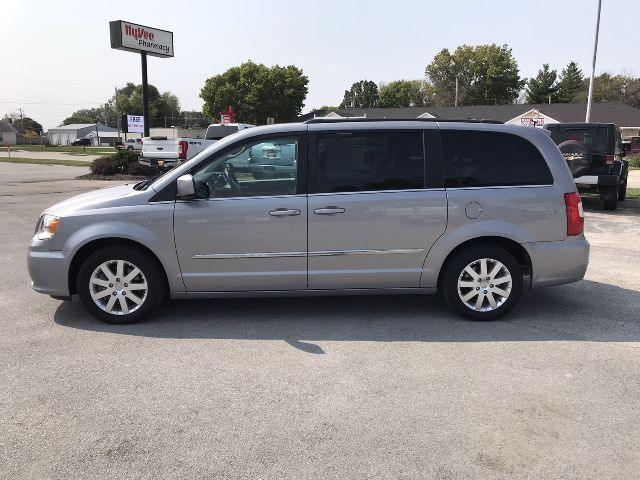 2014 Chrysler Town & Country Touring Glenwood IA