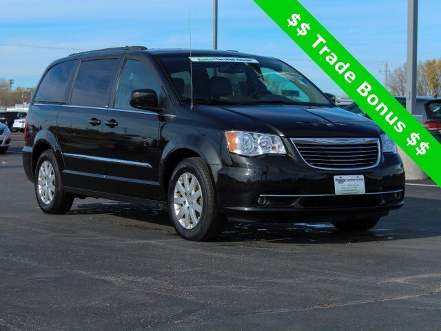 2014 Chrysler Town & Country Touring Green Bay WI