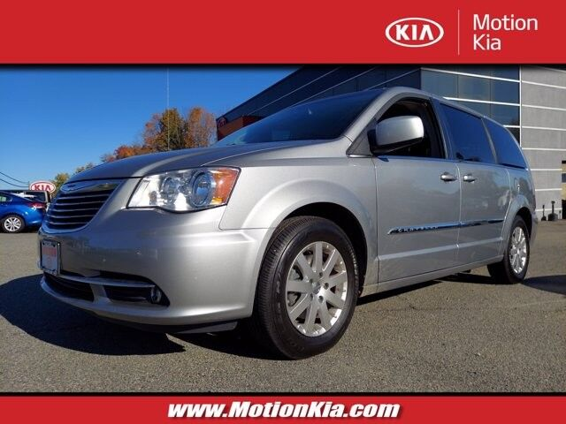 2014 Chrysler Town & Country Touring Hackettstown NJ