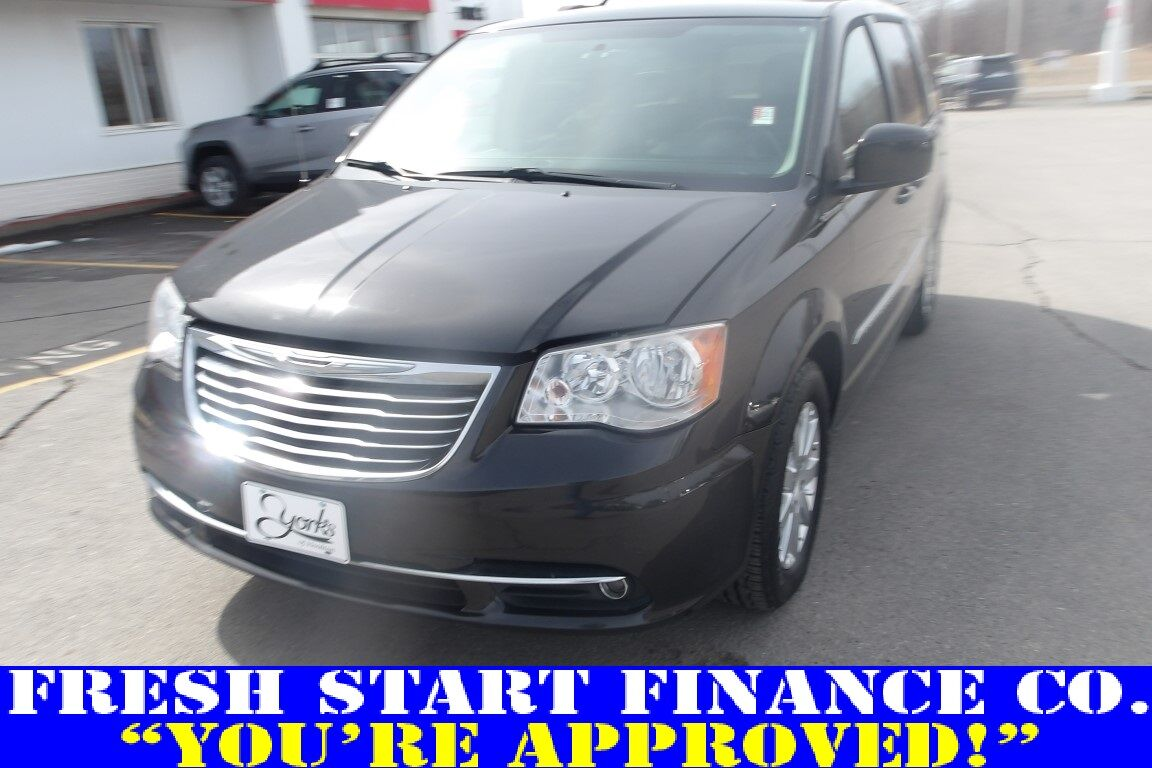 2014 Chrysler Town & Country Touring Houlton ME